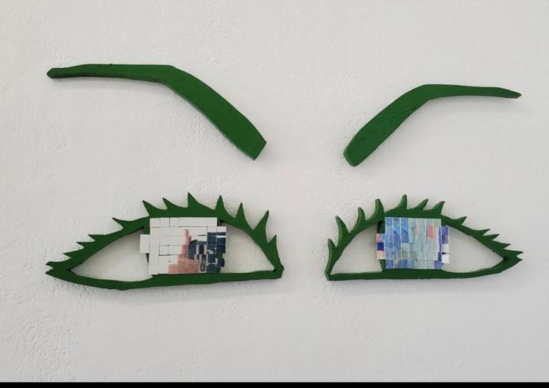 Melissa Dicostanzo, wood, paint, mirror