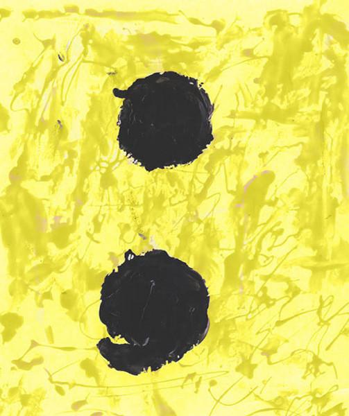 2Nail-Polish-Painting-Yellow