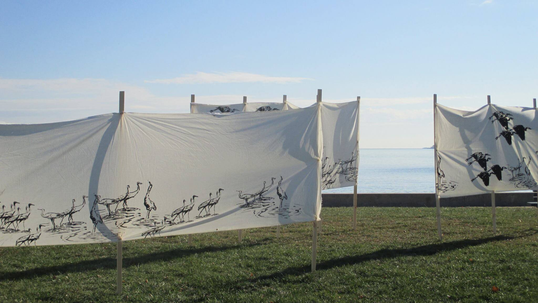 Len Thomas Vickory Prints by the beach