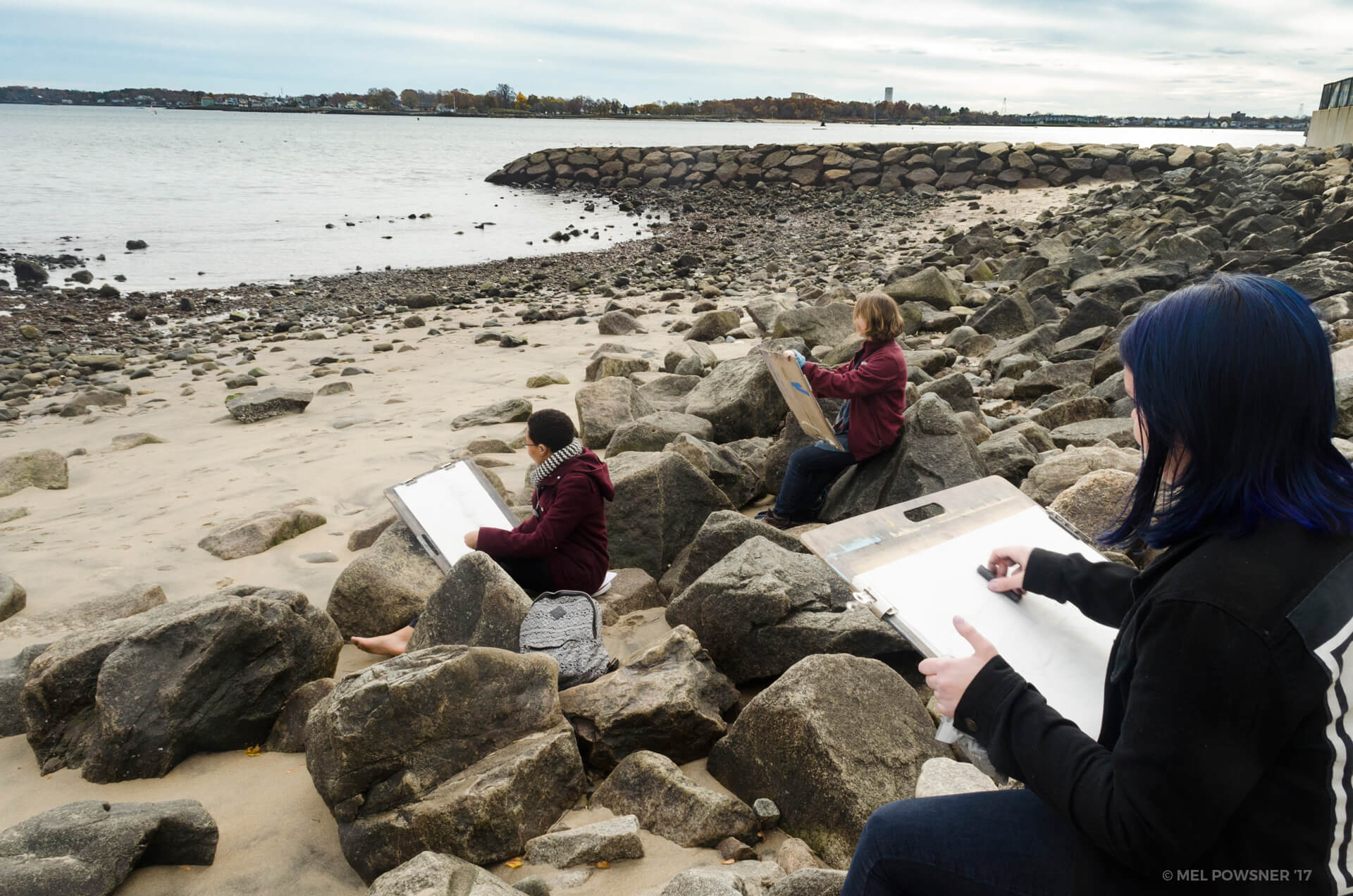 Students drawing at Dane Street Beach