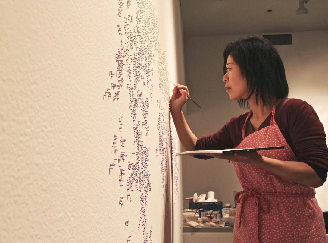 Masako Kamiya Working on Painting